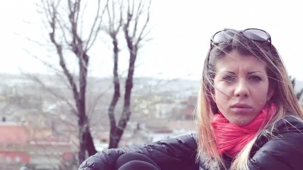 Красивые одинокие девушки видео фото 697-565