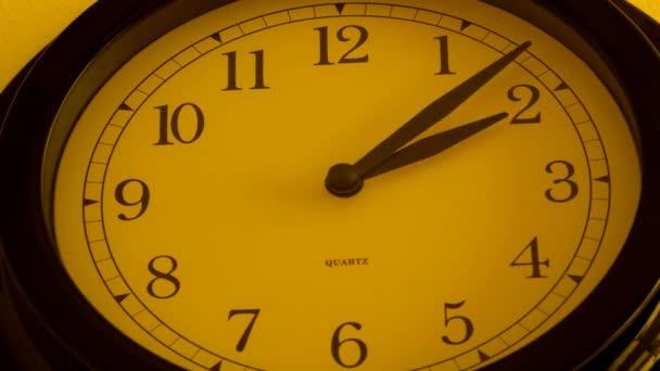 Černé hodiny