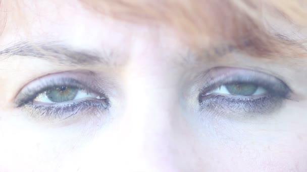 Die schönen Augen der Frau