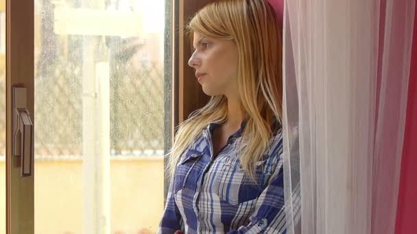 Žena, která stála u okna