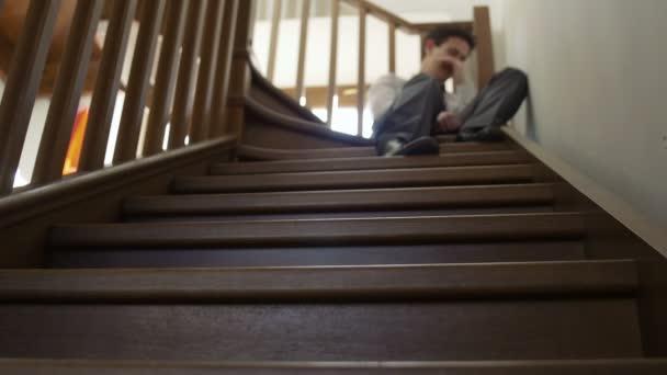 mladý podnikatel depresi vyhozen z práce