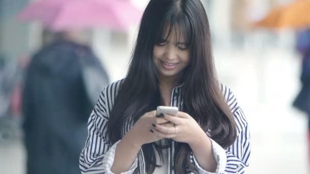 Číňanka SMS zprávy