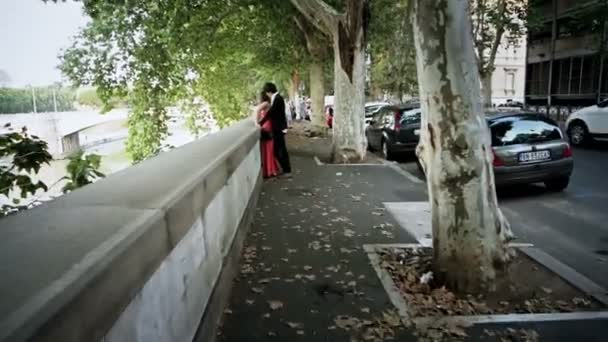 two lovers kissing - beautiful shot - steadycam