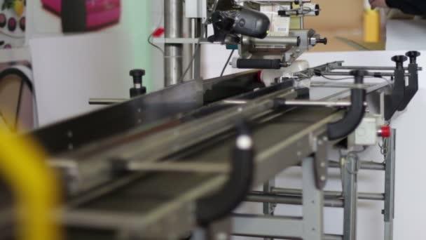 výrobní linka láhve čistícího