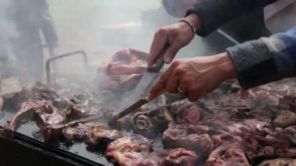 maso na grilování gril vaření