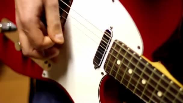 Kytara, kytara basa a bicí