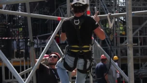 Stavební dělník. construnction fáze