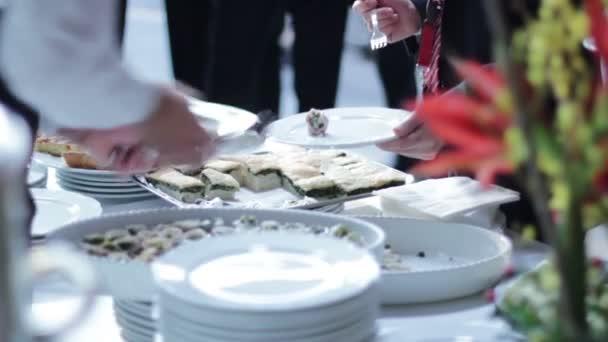 Stravování potraviny - bufet s podnikateli