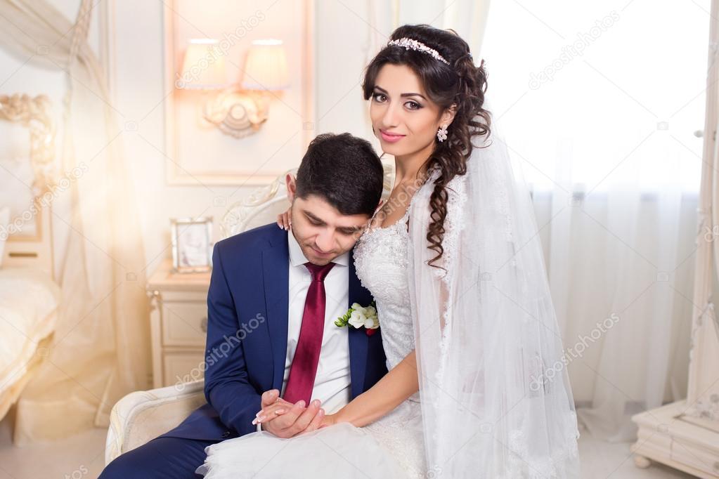 Matrimonio In Italiano : Coppia matrimonio italiano u2014 foto stock © bashkir.o78.gmail.com