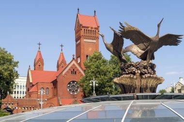Beyaz Rusya - leylek sembollerin. Çeşme bağımsızlık Meydanı, Minsk, Beyaz Rusya