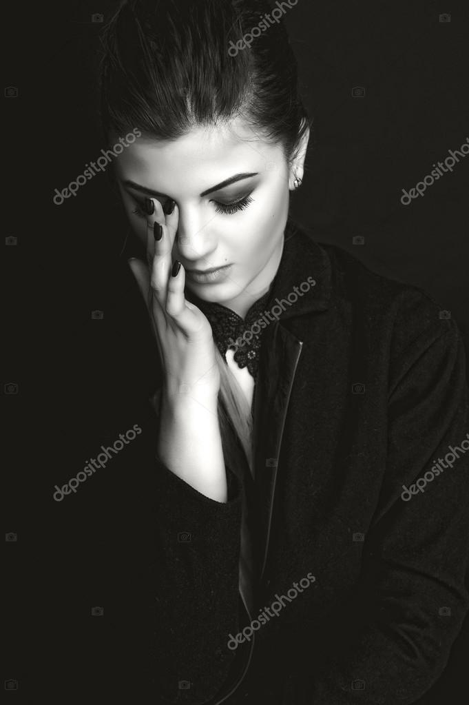 Видео сочные девушки позирует на белом или черном фоне фото 459-138