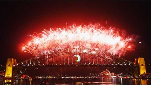 tűzijáték a Sydney Harbor híd