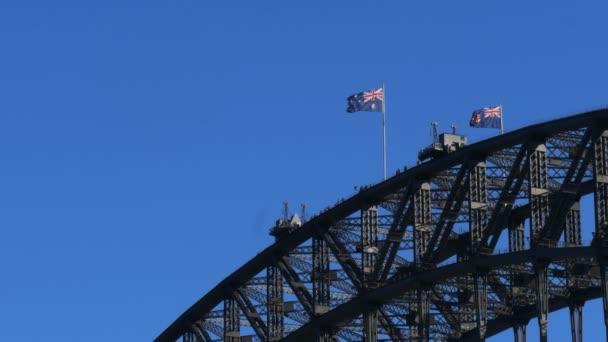 Sydney harbour bridge és az ausztrál zászló