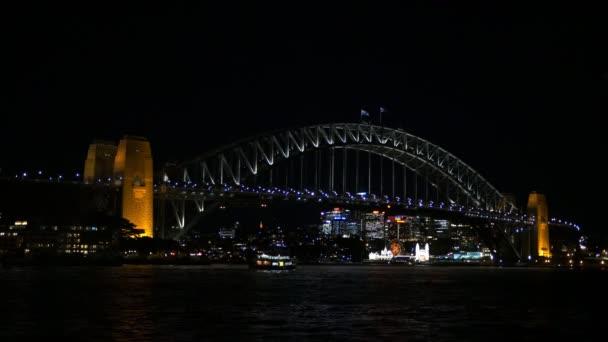 Noční pohled na sydney harbour bridge