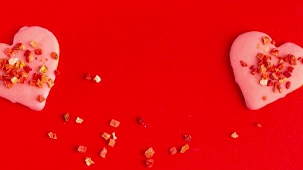 Sütik Red Heart Alakított Valentin nap díszített száraz eper