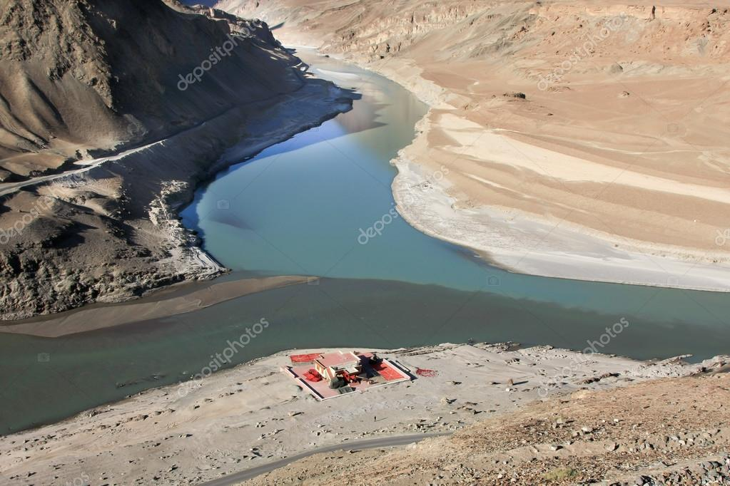 CONFLUENCE OF INDUS & ZANSKAR RIVERS LADAKH INDIA