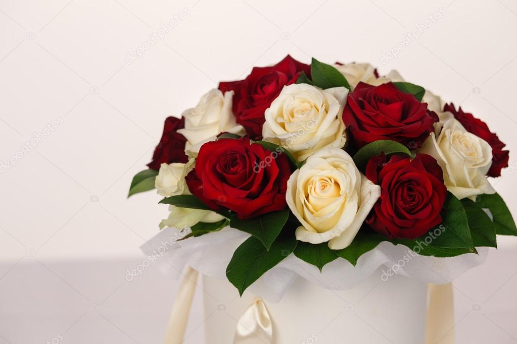 The bouquet of roses for cute ladies — Stock Photo © alina ...