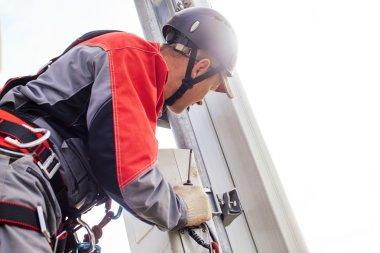 installation of telecommunication equipments.