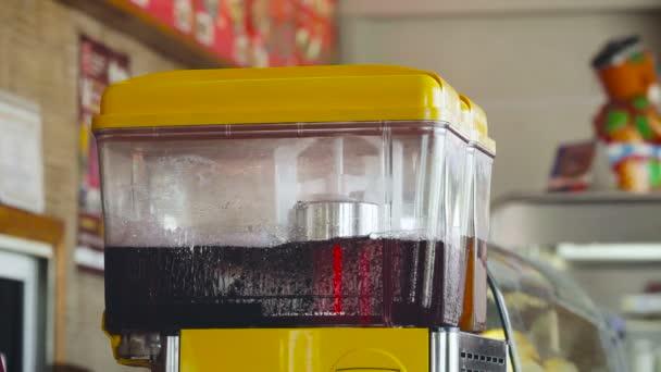 Stroje dodavatele prodávat sodu. Kantýna