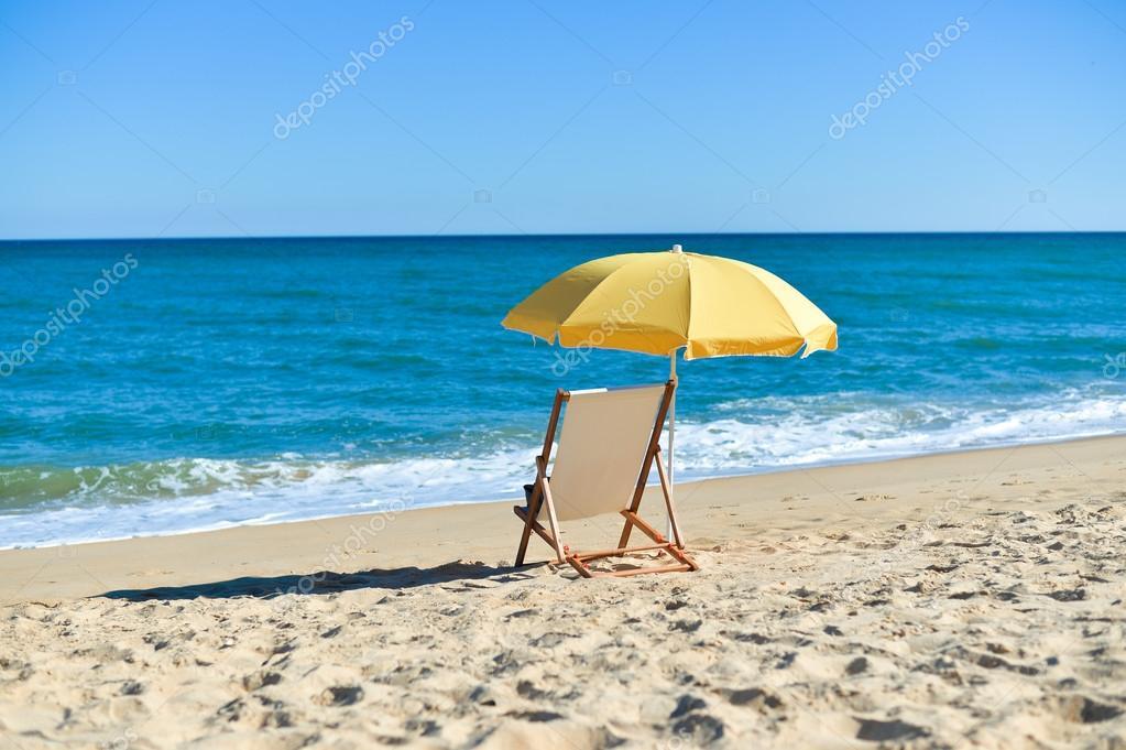 На пляже сзади фото — img 13