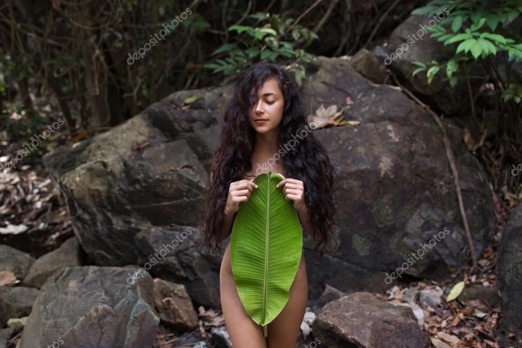 pregnant-sex-in-jungle