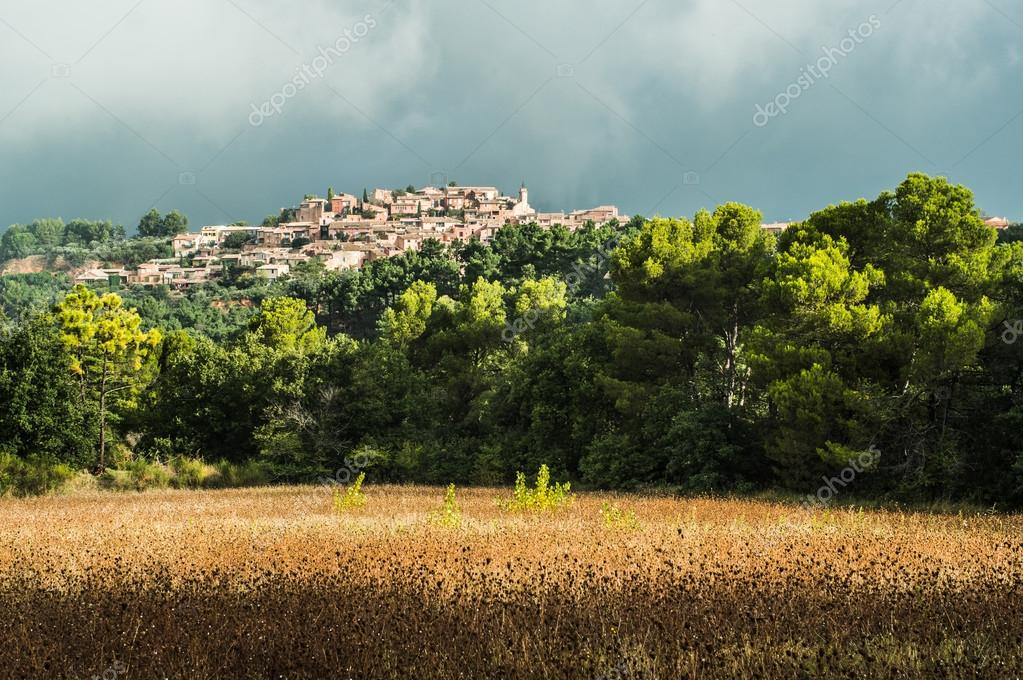 The beautiful village of Roussillon