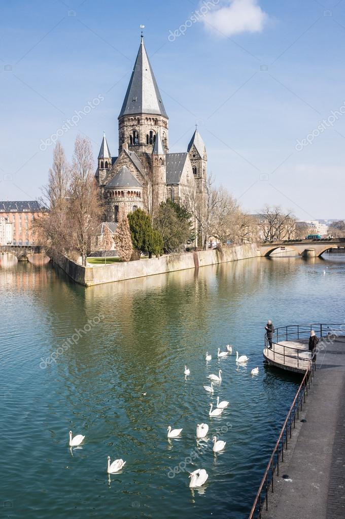 Temple Neuf with swans