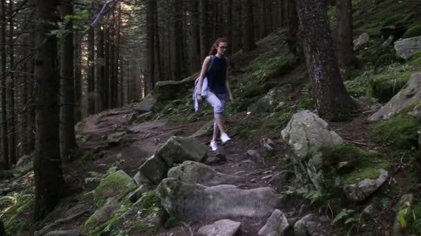 Rumunsko je chůze přes hory a lesy
