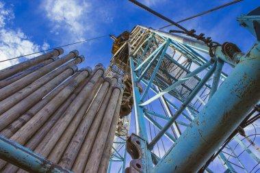 Land drilling rig winter