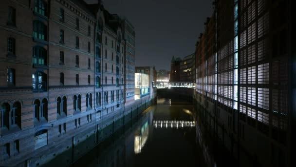 Alten Lagerhäuser an Hafencity Hamburg