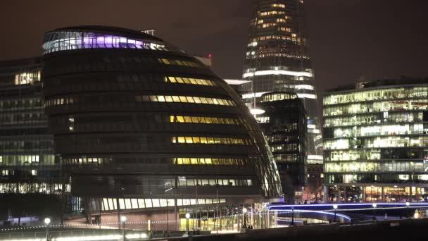 London City Hall v noci - Londýn, Anglie