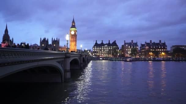 Romantický večer zastřelil Westminster Bridge a Big Ben - Londýn, Anglie