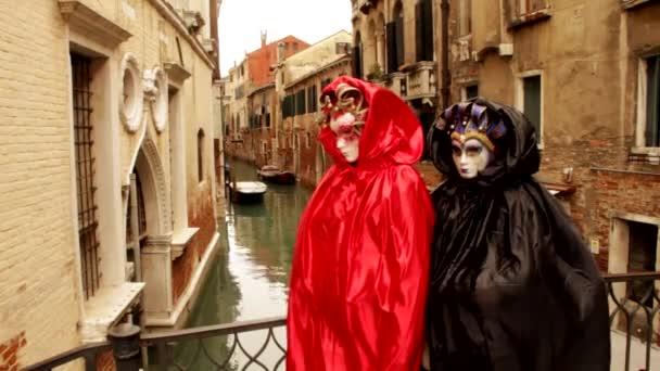 venezianische Maske und Gondel carneval di venezia - Venedig, Venedig