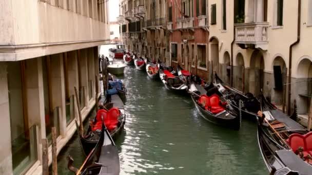 Gondeln auf Kanal - Venedig, Venedig