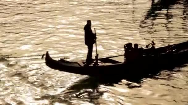 Gondola na kanál - Benátky, Venezia