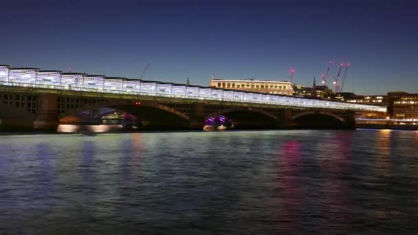 Great day to night time-lapse of new Blackfriars station over River Thames in 4k