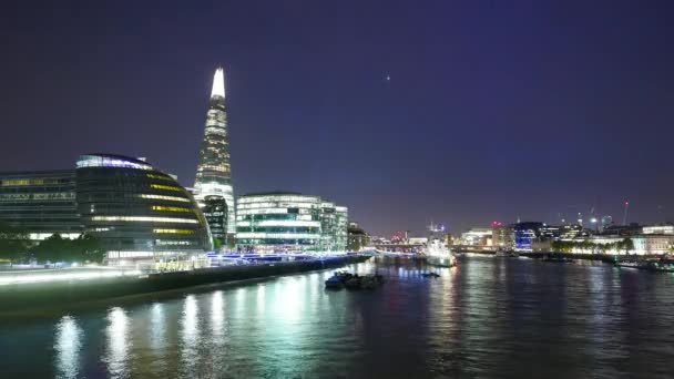Time-lapse of London City Hall and the Shard by night