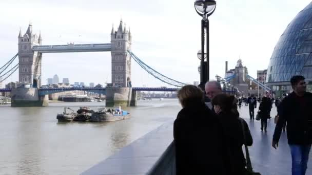 Time lapse shot of London City Hall and Tower Bridge