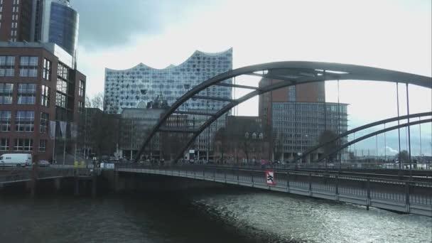 Brücken und Elbphilharmonie am Hafen City Hamburg Hamburg Deutschland