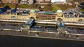 Fotografie Weltberühmte St. Pauli Landungsbrücken im Hamburger Hafen