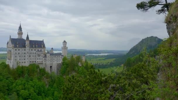 Híres Neuschwanstein kastély Bajorországban Németország