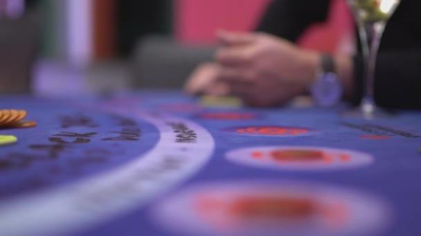 Hazardní hry Black Jack v kasinu - sázky