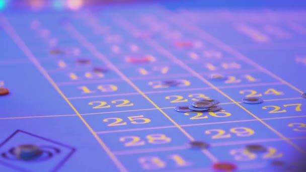 Tavolo di roulette in un casinò - scommesse perse la rimozione dalla tabella