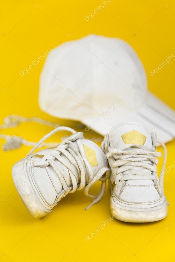 Blancas — De Para Stock Niños Erphotographer Fotos © Zapatillas Ygy7bf6