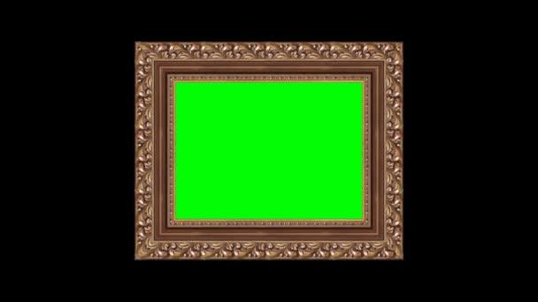Il bronzo scolpito cornice classica con uno sfondo verde per inserire il tuo video