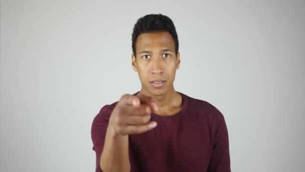 Výběr poukazem k objektu, Angry Young Man
