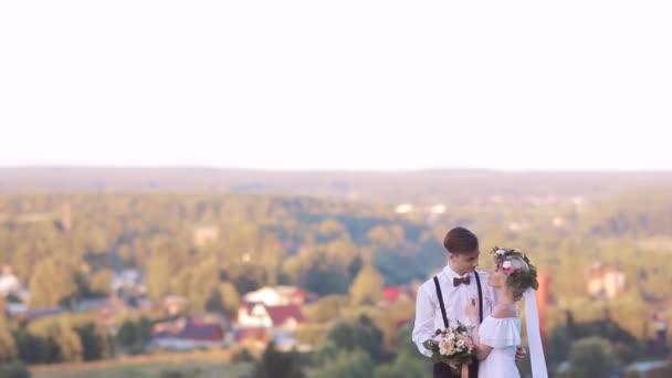Coppia sposata al tramonto