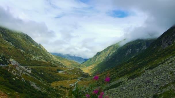 Čas zániku hory ve Švýcarsku mraky léto
