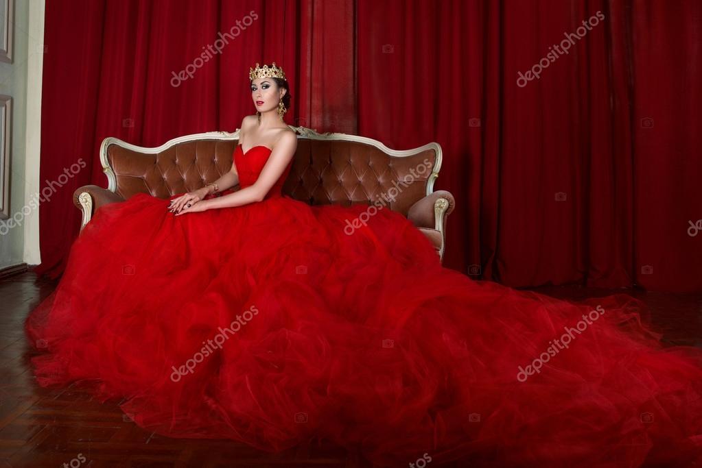 Risultato immagini per girl in long red dress