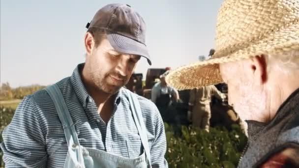 zemědělci, dojemné a kontroly kvality půdy